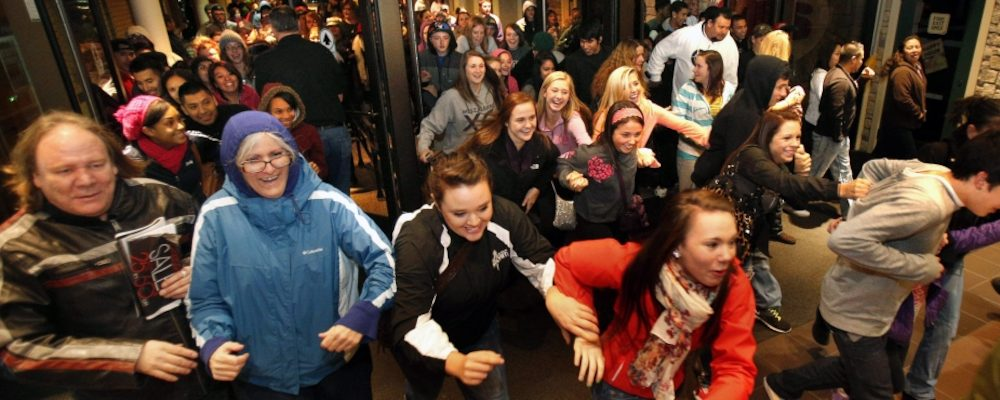 Black Friday Bingo: A Love/Hate Relationship with One of Canada's Biggest Shopping Days