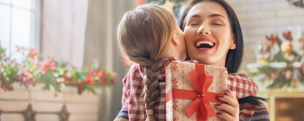 Gift Guide for Mom from Mothering.com